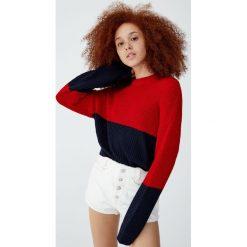 Sweter w kolorowe bloki. Szare swetry klasyczne damskie Pull&Bear. Za 59,90 zł.