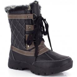 """Kozaki zimowe """"Gabriela"""" w kolorze czarnym. Szare buty zimowe damskie marki Marco Tozzi. W wyprzedaży za 250,95 zł."""