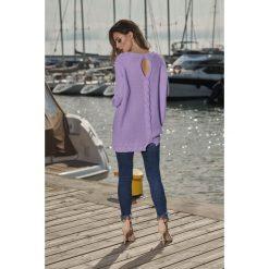 Swetry klasyczne damskie: Modny sweter z łezką liliowy NICOLE