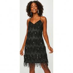 Answear - Sukienka Night Fever. Brązowe sukienki mini marki ANSWEAR, na co dzień, s, z poliesteru, casualowe, proste. Za 219,90 zł.