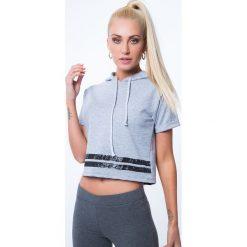 T-shirt z aplikacją na plecach jasnoszary 7299. Szare t-shirty damskie Fasardi, l, z aplikacjami, z dekoltem na plecach. Za 39,20 zł.