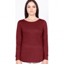 """Koszulka """"Rosie"""" w kolorze ciemnoczerwonym. Czerwone bluzki z odkrytymi ramionami marki Ateliers de la Maille, z aplikacjami, z okrągłym kołnierzem. W wyprzedaży za 136,95 zł."""
