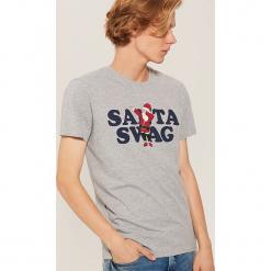 T-shirt ze świątecznym motywem - Szary. Szare t-shirty męskie marki House, l. Za 39,99 zł.