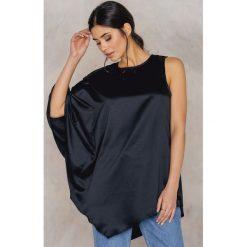 Tuniki damskie: NA-KD Party Tunika na jedno ramię – Black