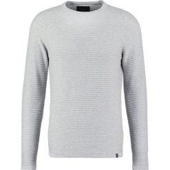 Swetry męskie: Jack & Jones JCOWIND CREW NECK NOOS Sweter light grey melange