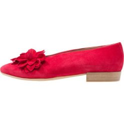Donna Carolina Baleriny rosso. Czerwone baleriny damskie lakierowane Donna Carolina, z materiału. Za 709,00 zł.