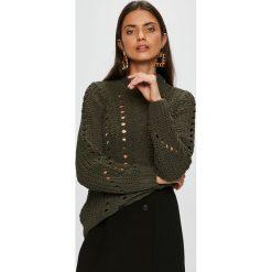 Vero Moda - Sweter Nila. Brązowe swetry oversize damskie Vero Moda, l, z dzianiny. W wyprzedaży za 99,90 zł.