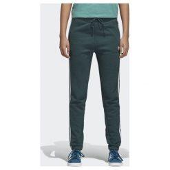 Adidas Spodnie damskie dresowe z mankietem zielone r. 32 (CE5608). Białe spodnie sportowe damskie marki Adidas, m. Za 213,61 zł.
