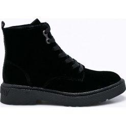 Calvin Klein Jeans - Botki Annie. Czarne buty zimowe damskie marki Calvin Klein Jeans, z jeansu, z okrągłym noskiem, na obcasie, na sznurówki. W wyprzedaży za 499,90 zł.