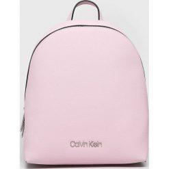 Calvin Klein - Plecak. Szare plecaki damskie Calvin Klein, z materiału. Za 549,90 zł.