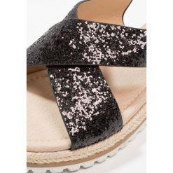 Sandały chłopięce: XTI Sandały black