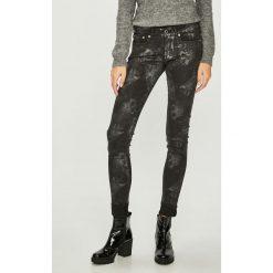 Pepe Jeans - Spodnie Pixie Silvermoon. Szare jeansy damskie rurki Pepe Jeans. Za 439,90 zł.