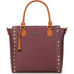 Torebka damska 87-4Y-402-3. Brązowe torebki klasyczne damskie Wittchen, w paski, z breloczkiem. Za 329,00 zł.
