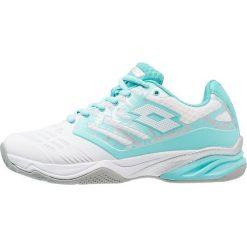 Lotto ULTRASPHERE ALR Obuwie multicourt white/green. Białe buty do tenisu damskie Lotto, z materiału. Za 339,00 zł.