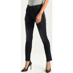 Opus EMILY DARK Jeansy Slim Fit grey. Szare jeansy damskie Opus. Za 319,00 zł.