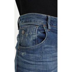 GStar ARCZ 3D SLIM Jeansy Slim Fit elto superstretch. Niebieskie rurki męskie marki Tiffosi. W wyprzedaży za 395,40 zł.