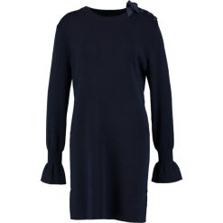 Sukienki dzianinowe: Kookai Sukienka dzianinowa bleu de minuit