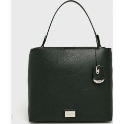 Liu Jo - Torebka. Czarne torebki klasyczne damskie Liu Jo, w paski, z materiału, średnie. Za 599,90 zł.
