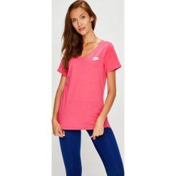 Nike Sportswear - Top. Różowe topy damskie Nike Sportswear, m, z bawełny. W wyprzedaży za 69,90 zł.