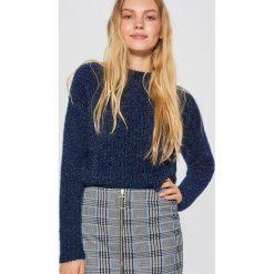 Sweter z drobnym splotem - Granatowy. Niebieskie swetry klasyczne damskie marki Cropp, l, ze splotem. Za 69,99 zł.