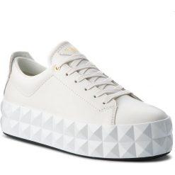 Sneakersy EMPORIO ARMANI - X3X059 XF258 00001 Off White. Białe sneakersy damskie marki Emporio Armani, z materiału. Za 979,00 zł.