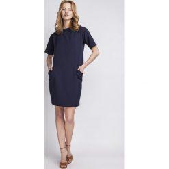 Sukienki: Prosta Granatowa Sukienka z Krótkim Rękawem