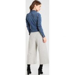 Bomberki damskie: Noisy May Petite NMDEBRA Kurtka jeansowa medium blue denim