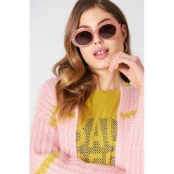 Okulary przeciwsłoneczne damskie: NA-KD Trend Owalne okulary przeciwsłoneczne – Pink