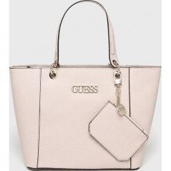 Guess Jeans - Torebka. Szare torebki klasyczne damskie marki Guess Jeans, z aplikacjami, z jeansu, duże. Za 629,90 zł.