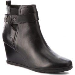 Botki GEOX - D Inspirat.Wed D D745ZD 00043 C9999 Black. Szare buty zimowe damskie marki Geox, z gumy. W wyprzedaży za 359,00 zł.