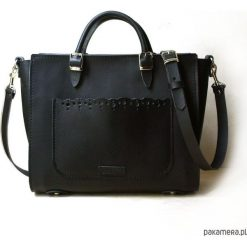 Kuferek Lace&black. Czarne kuferki damskie Pakamera, ze skóry, na ramię. Za 330,00 zł.