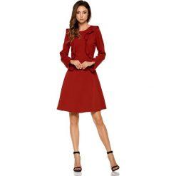Bordowa Rozkloszowana Sukienka z Pionowymi Falbankami. Czerwone sukienki na komunię marki Molly.pl, l, z jeansu, biznesowe, z dekoltem na plecach, z długim rękawem. Za 158,90 zł.