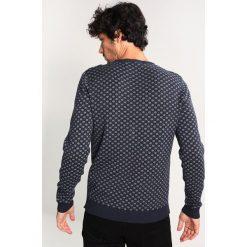 Swetry klasyczne męskie: Selected Homme SHXNEWSNOW CREW NECK Sweter navy blazer