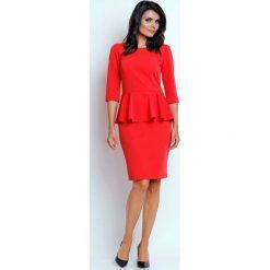Czerwona Wizytowa Sukienka Midi z Baskinką. Czerwone sukienki koktajlowe marki Molly.pl, do pracy, l, midi, baskinki. W wyprzedaży za 123,60 zł.