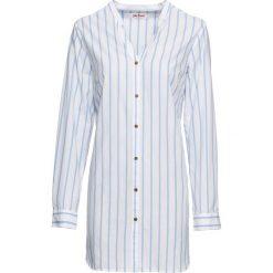 Długa  bluzka bonprix biało-perłowy niebieski w paski. Białe bluzki longsleeves marki bonprix, w kropki, z wiskozy, biznesowe, z dekoltem w serek, moda ciążowa. Za 59,99 zł.