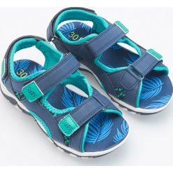 Sandały sportowe - Granatowy. Niebieskie buty sportowe chłopięce marki Reserved. Za 59,99 zł.