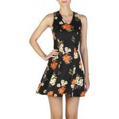 Guess Sukienka Damska M Czarny. Czarne sukienki hiszpanki Guess, m. W wyprzedaży za 309,00 zł.