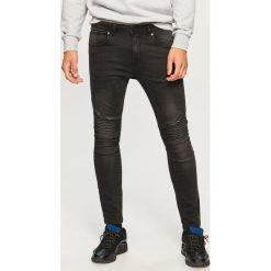 Jeansy biker skinny fit - Czarny. Czarne jeansy męskie relaxed fit marki Reserved. Za 129,99 zł.