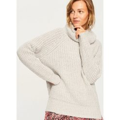 Sweter z obszernym golfem - Jasny szar. Szare golfy damskie Reserved, l. Za 69,99 zł.
