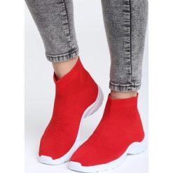 Czerwone Buty Sportowe All We Know. Czerwone buty sportowe damskie marki Born2be, z materiału. Za 79,99 zł.