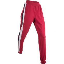 Spodnie dresowe damskie: Spodnie dresowe, długie bonprix ciemnoczerwony