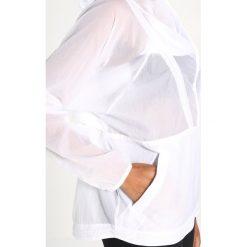 Reebok PACKABLE WOVEN Kurtka sportowa white. Białe kurtki sportowe damskie marki Reebok, m, z materiału. W wyprzedaży za 356,15 zł.