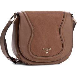 Torebka GUESS - HWFAIS L7321  CML. Brązowe listonoszki damskie marki Guess, z aplikacjami. W wyprzedaży za 519,00 zł.