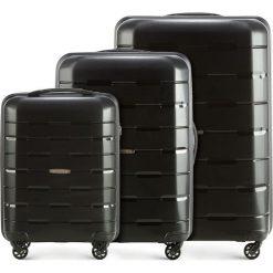 Zestaw walizek 56-3T-72S-10. Czarne walizki marki Wittchen, z gumy, duże. Za 629,61 zł.