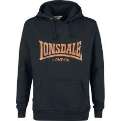 Lonsdale London Wolterton Bluza z kapturem czarny/pomarańczowy. Brązowe bluzy męskie rozpinane marki Lonsdale London, m, z nadrukiem, z kapturem. Za 144,90 zł.