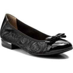 Baleriny CAPRICE - 9-22108-20 Blk Roses Comb 031. Czarne baleriny damskie zamszowe marki Caprice, na płaskiej podeszwie. W wyprzedaży za 169,00 zł.