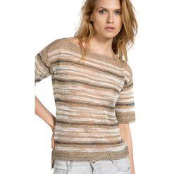 Swetry klasyczne damskie: Sweter w kolorze beżowym ze wzorem