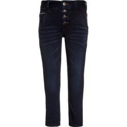 Name it NKMSILAS PANT  Jeansy Slim Fit dark blue denim. Czerwone jeansy chłopięce marki Name it, l, z nadrukiem, z okrągłym kołnierzem. Za 139,00 zł.