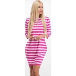 Sukienki: Amarantowa sukienka w paski 2354