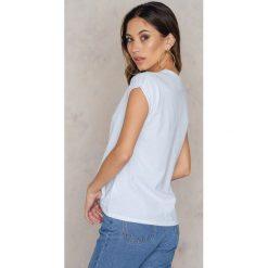 T-shirty damskie: Josefin Ekström for NA-KD T-shirt GRL PWR Printed – White